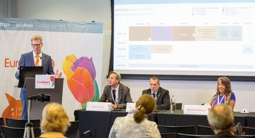 First EuroPerio9 press conference highlights record attendance, key messages on periodontal health, and EFP strategic plan