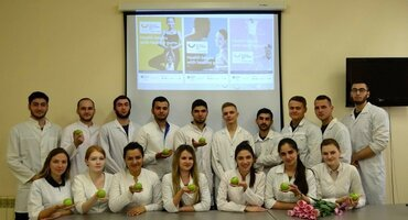 Russia: periodontal screenings and oral-hygiene advice