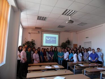 Romania: University lecture on links with systemic diseases